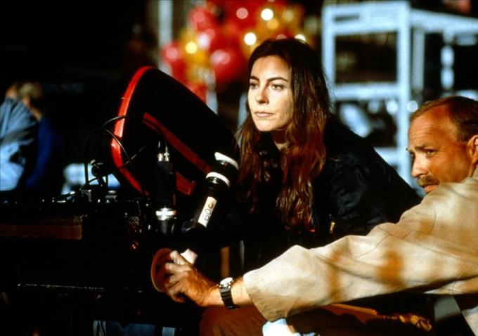 Kathryn Bigelow directing 'Near Dark'